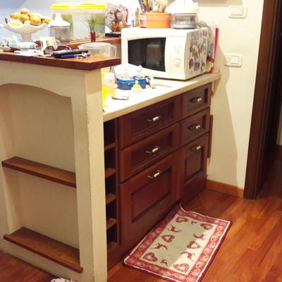 Trasformare cucina da color ciliegio a bianco - Albano Laziale ...