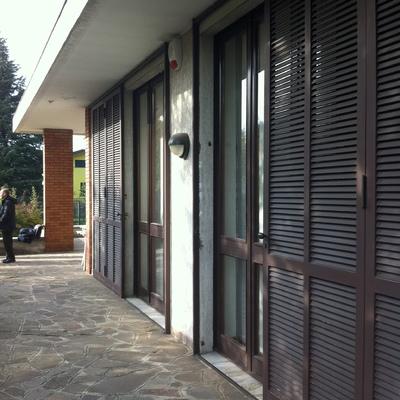 Preventivo riparazione serramenti esterni e porte in legno for Serramenti esterni