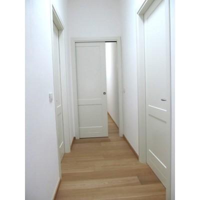 Porte interne bianche laccate firenze firenze habitissimo - Verniciare porte in legno ...