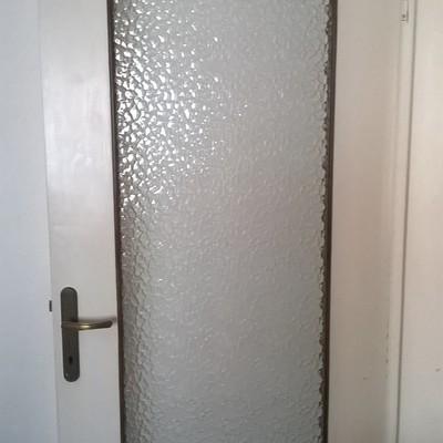 Sostituire vetro porta interna roverbella mantova - Porta interna vetro ...