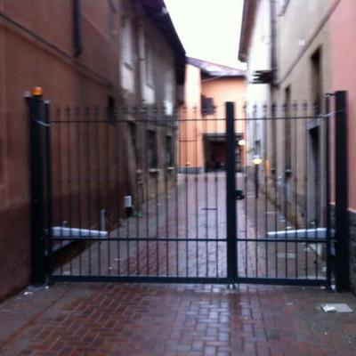 Fornire cancello automatico con ingresso pedonale - Cancello porta ingresso ...