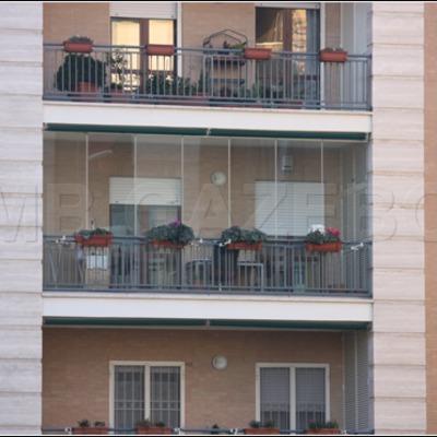Infissi o inferiata chiusura balcone e portocino anche a for Infissi balcone