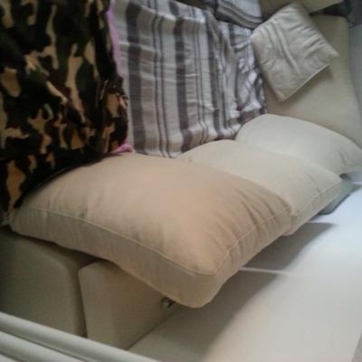 Divano da rivestire scocca e cuscini mestre venezia habitissimo - Devo buttare un divano ...