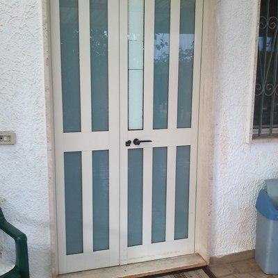 Portoncino ingresso alluminio o pvc 2 ante asimmetriche for Portoncino ingresso prezzi