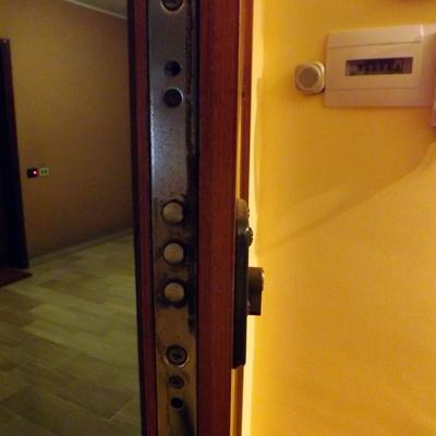 Sostituzione serratura megablok milano milano - Cambiare serratura porta ingresso ...