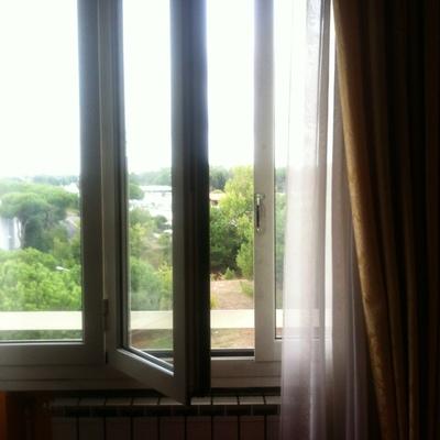 Riparazione maniglia apertura chiusura finestra - Serranda porta finestra ...