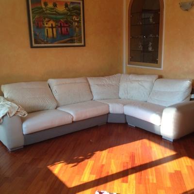 Rivestire un divano in ecopelle arconate milano for Rivestire divano