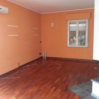 Pittura salone cucina e camera da letto - Parma (Parma) | habitissimo