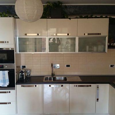 Cambiare colore ante cucina da laccata panna a bianca! - Genova ...