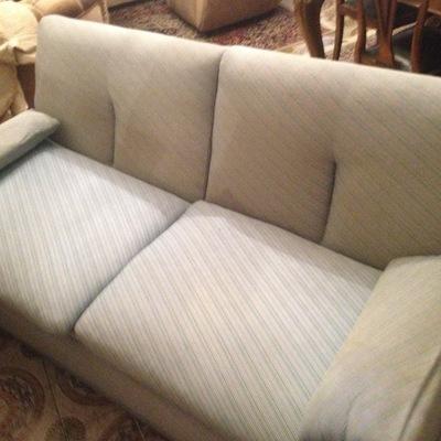 Smontaggio e trasporto divano letto saval verona verona habitissimo - Devo buttare un divano ...