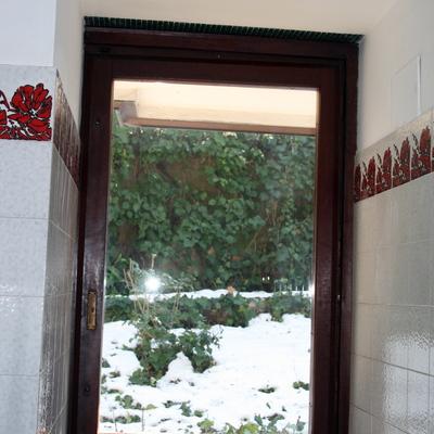 Installare vetri antisfondamento oscurati su finestre in legno bologna bologna habitissimo - Finestre in legno prezzo ...