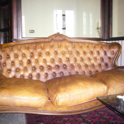 Sostiuzione fodera divano carmagnola torino habitissimo - Devo buttare un divano ...