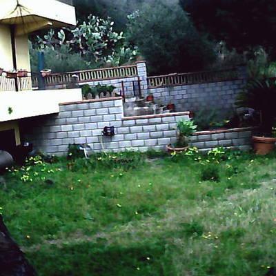 Realizzare scavo per piscina messina messina habitissimo for Foto giardini pavimentati
