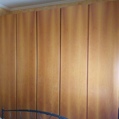 Cerniere Per Ante Armadio Camera Da Letto.Sostituzione O Riparazione Cerniere 3 Ante Di 5 Armadio Camera Da