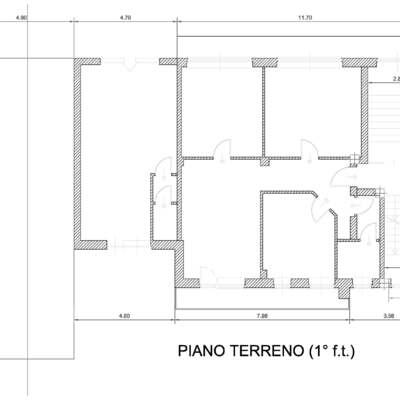 Piattaforma elevatrice esterna per palazzo di tre piani for Creatore piano terra online