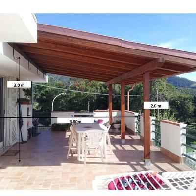 Copertura laterale di un gazebo in legno su terrazzo - Salisano ...