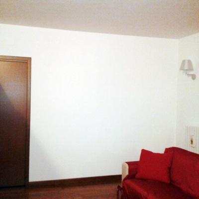 Tinteggiare e abbassare punto luce quinto de stampi milano habitissimo - Stampi per decorare pareti ...
