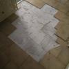 Sostituzione piastrelle pavimento corridoio bolognina