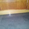 Laccare ante e cassetti dei mobili della cucina in ciliegio