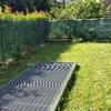 Creazione pavimentazione modulare in giardino