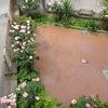 Pavimentazione cortile circa 80 mq