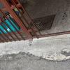 Pavimentazione  entrata ondominio con scavo griglia raccolta acque piovane collegata al piu vicino pozzetto