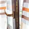 Riparazione chiusura finestra in legno