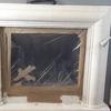 Istallazione di vetro in camino aperto