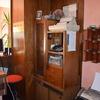 Tinteggiatura pareti e mobilio in legno impiallacciato