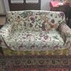 Tappezzare 2 divani  cambiarli da tessuto a eco pelle nera