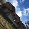Demolizione caseificio in mattoni rossi