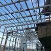 Carteggiare e verniciare o sostituire gabbia metallica